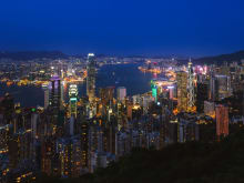 【香港2大夜景オープントップバスツアー】ビクトリアピーク&アバディーンで夜景鑑賞<日本語ガイド/ピークトラム優先乗車>
