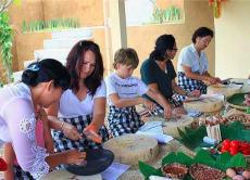 バリの味を楽しむ 伝統的バリ料理クッキングクラス
