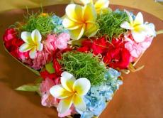 Prepare sacred Balinese Hindu offerings