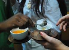 インドで紅茶の飲み比べ。お気に入りを見つけよう!