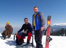 Snowboard in the Himalayas & Enjoy Kashmir's Gorgeous Sights