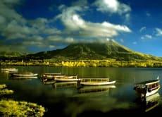 美しいバリ島の中央東部地域を探求する