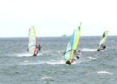 Learn to Windsurf in Bali