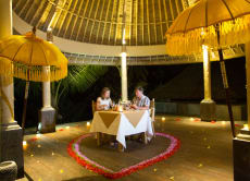 Starlight Candlelight Dinner in a Private Gazebo