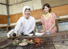 "Visit a genuine hut of Japanese female divers ""ama"" in Mie"