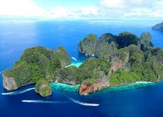 Phuket Day Tours to Maya Bay: La Moet's Phi Phi Island Tour