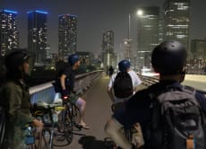 Cycle and explore Tokyo's stunning city lights!