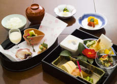 Reservation for Kashiwaya Michelin 3-star Kaiseki in Osaka