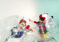 Try Bubble Soccer & Cosplay Photo at Tokyo Tower Studio!