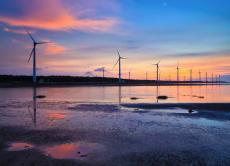 台湾のウユニ塩湖「高美湿地」ツアー (日本人ガイド)
