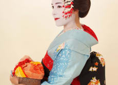 Try a complete Maiko makeover in Kyoto