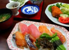 Island Sushi Making with a Celebrity Grandma in Hachijojima