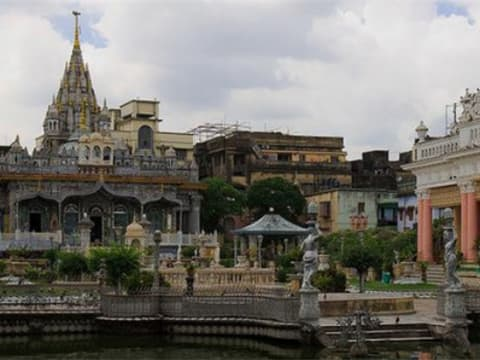 Religion in Kolkata: Temples, Churches & Mosques