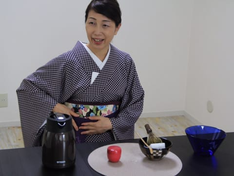 Learn Matcha Making from a Pro in Tokyo