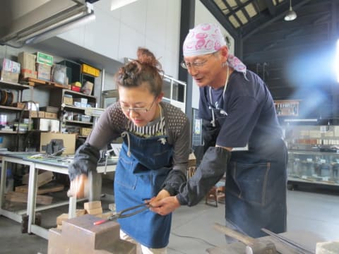 Make Japanese Wind Chime at a Blacksmithy in Sanjo, Niigata