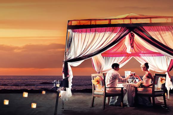 Romantic Candlelight Dinner On The Beach Around Kuta Voyagin