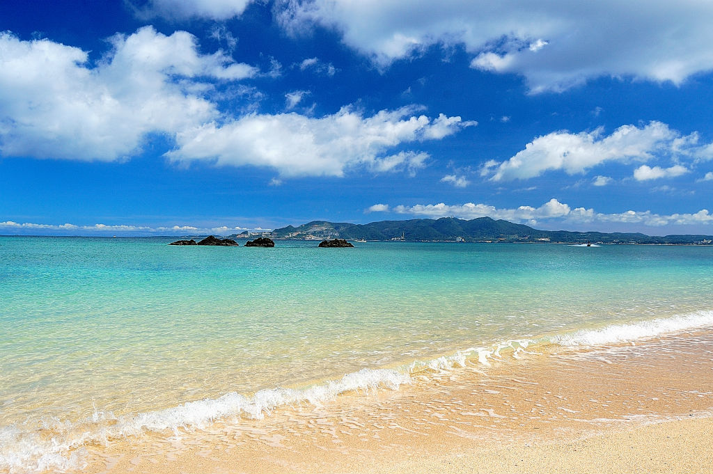 Go to the best coral reef beaches in Zamami, Okinawa