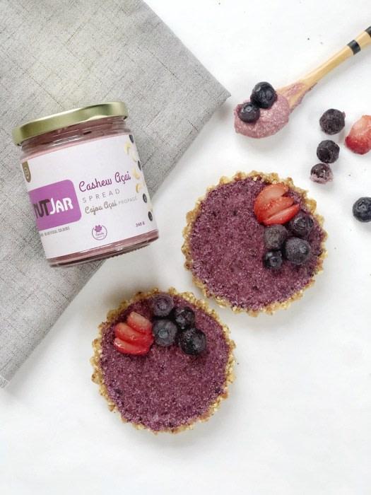 Image ofNo-Bake Blueberry Cashew Tart