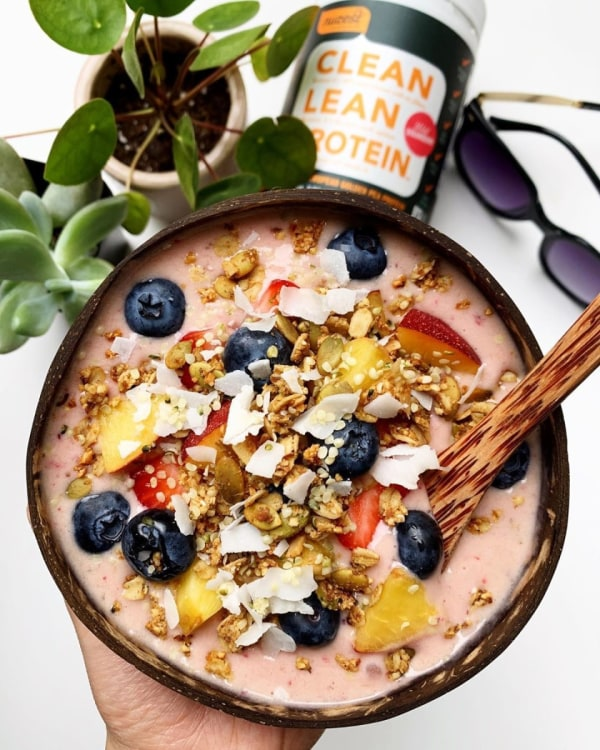 Image ofPeach Berry Blast Smoothie Bowl