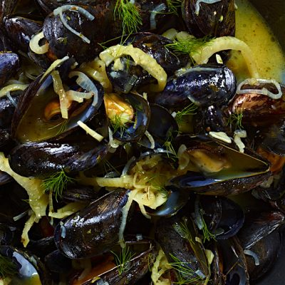 Image ofSteamed Mussels with Fennel and Lemon