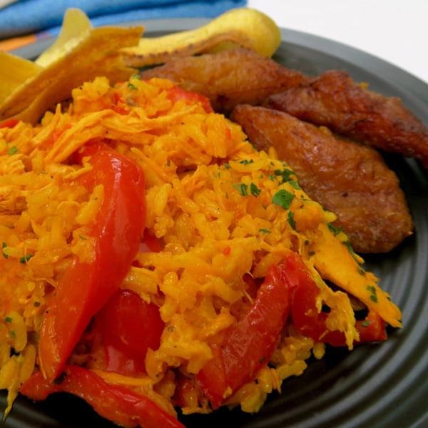 Image ofarroz con pollo - chicken & rice panama style