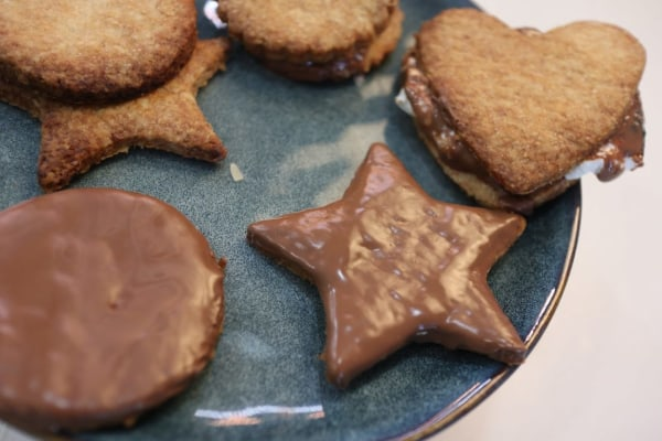 Image of Homemade Graham (Wholemeal) Biscuits