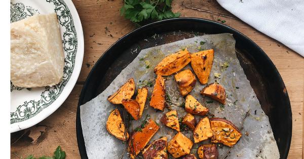 Image of Cartofi dulci la cuptor cu parmezan ras