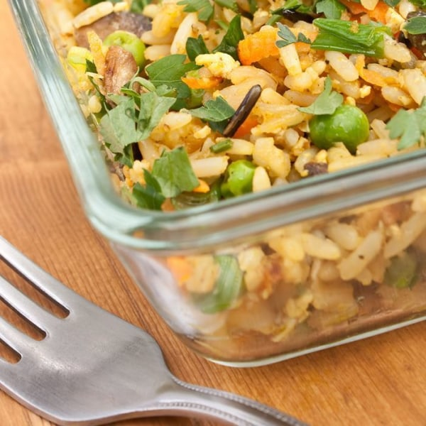 Image of Baked Brown Rice with Mushrooms and Peas