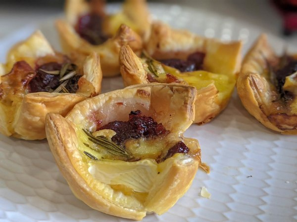 Image of Cranberry Brie Bites