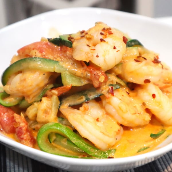 Image of Prawns & Tomato Courgetti