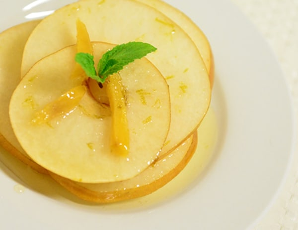 Image ofAsian Pears in Ginger Syrup