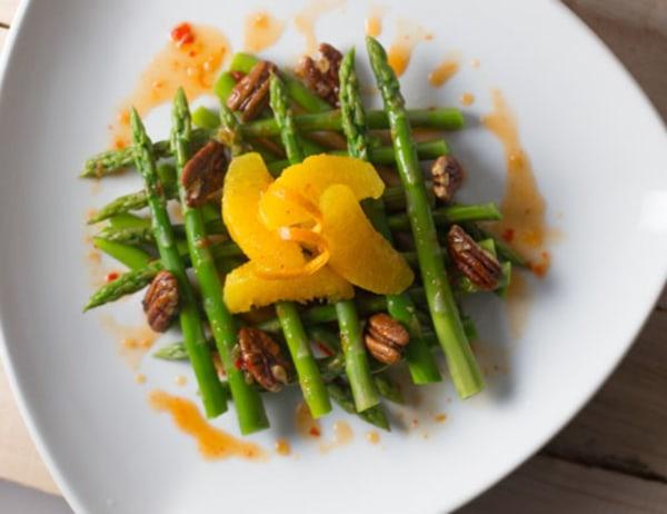 Image ofAsparagus and Orange Salad