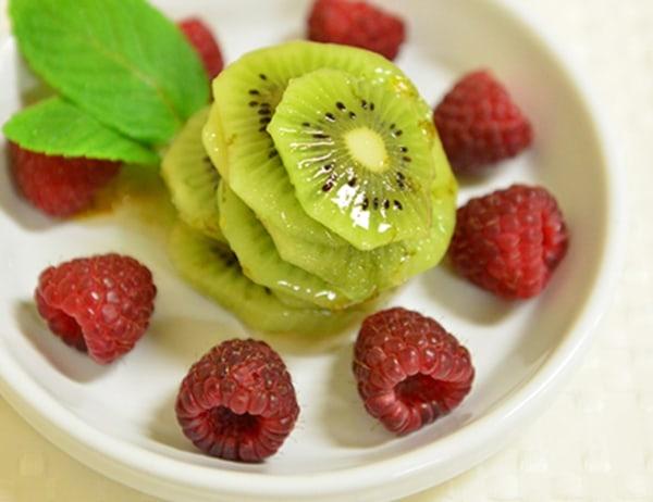 Image of Kiwi Fruit in Gingered Syrup