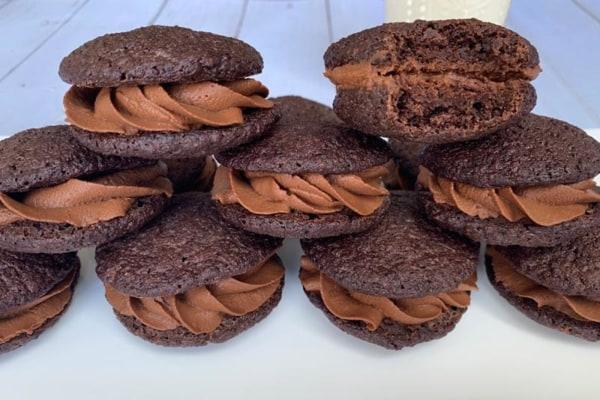 Dutch Chocolate Whoopie Pies