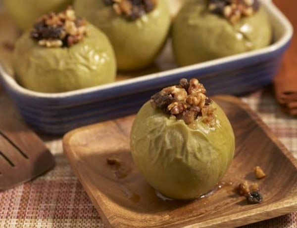 Image of Baked Apples with Raisins and Walnut Filling