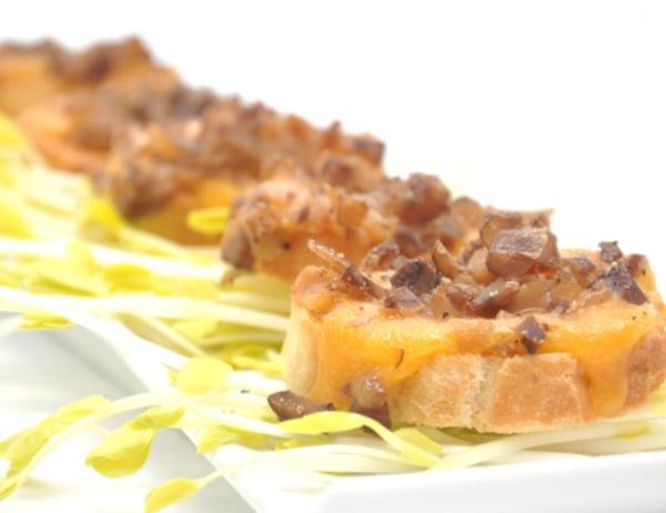 Image of Cheesy Chestnut Crostini