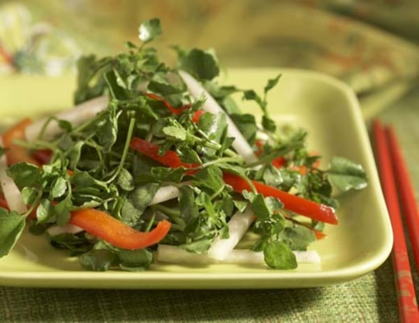 Image of  Watercress, Bell pepper and Daikon Radish Salad