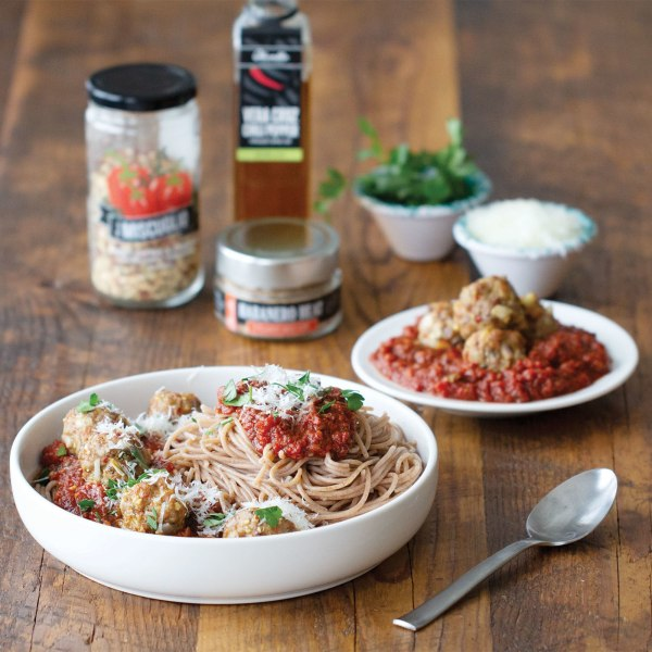 Image of SPAGHETTI WITH SPICY MARINARA AND MEATBALLS
