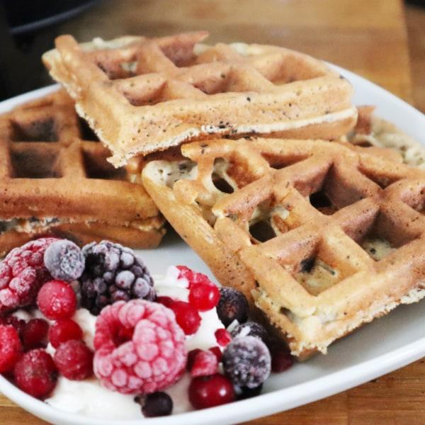 Image of Nut-Free Fluffy Pancakes / Waffles