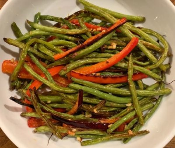 Image ofRoasted Green Beans and Red Bell Pepper with Garlic and Ginger