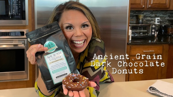 Image of(Almost) Guilt-Free Donuts