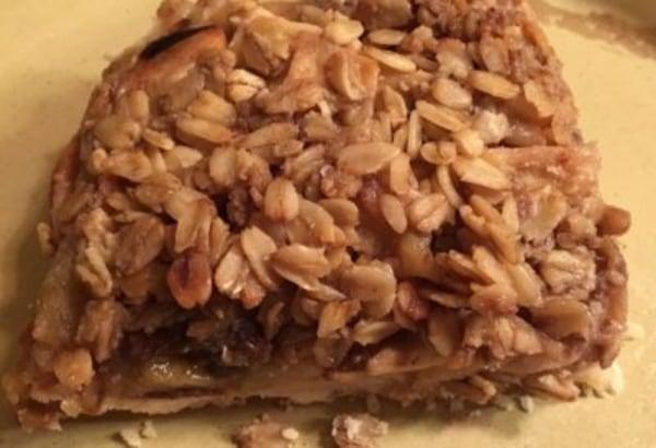 Image ofCrumb-Topped Apple Slab Pie