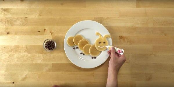 Image ofHow To Make Pancake Art: Caterpillar