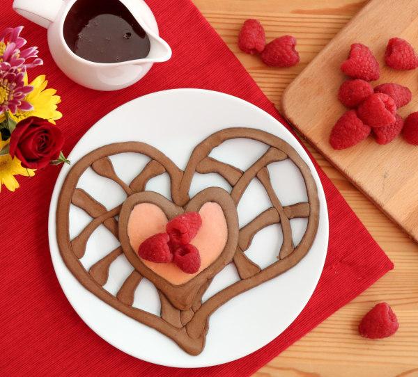Image ofHow To Make Pancake Art: Filigree Heart