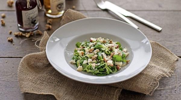 Feldsalat mit Feta und Walnüssen Rezept