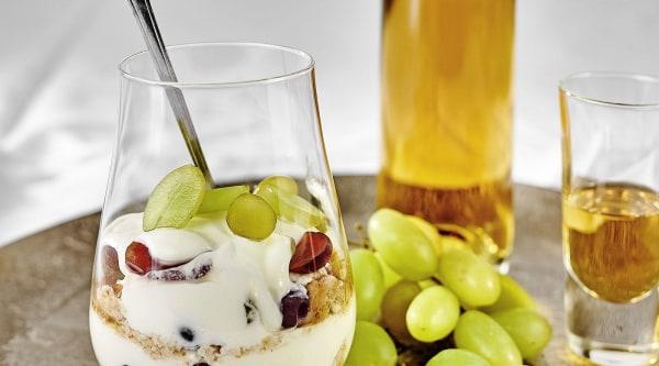 Trauben-Joghurt Schichtdessert Rezept