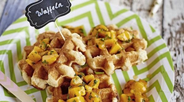 Image of Waffeln mit Mango Topping Rezept