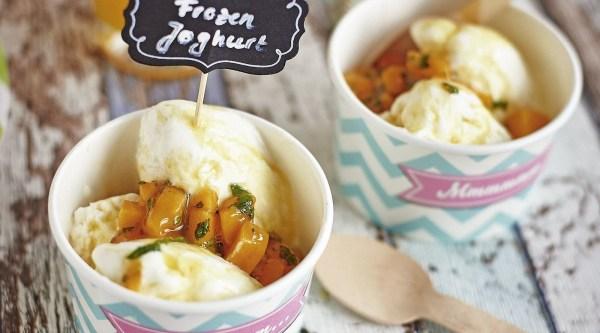 Frozen Joghurt mit Mango Topping Rezept
