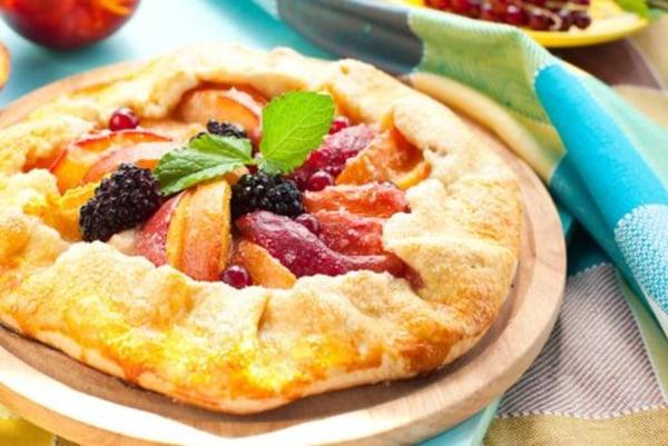 Image ofHot Pepper Peach Fruit Tart