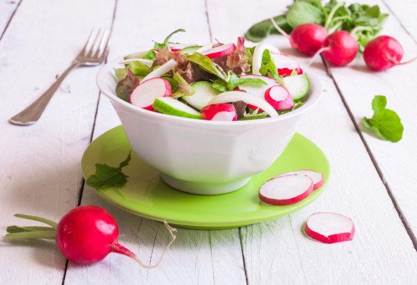 Image ofOrganic High Oleic Sunflower Oil - Summer Salad with Vinaigrette
